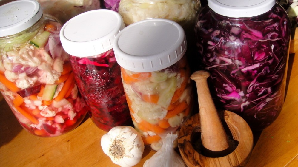 Fermented-foods-balance-complementary-medicine